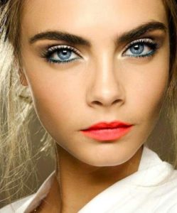 blå øjne